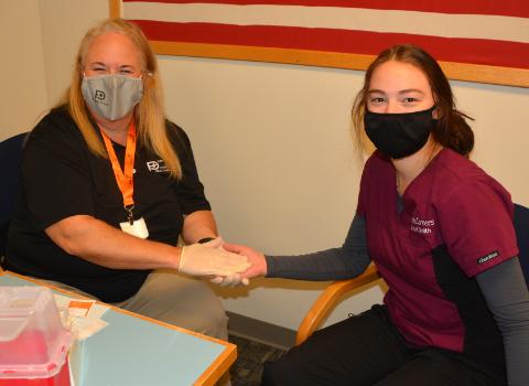 Students Take Part in Cholesterol Screening
